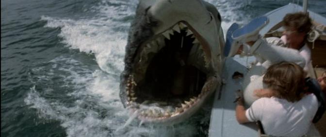 Cinema-Maniac: Jaws 2 (1978) Review