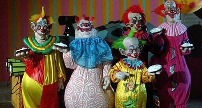 Cinema-Maniac: Killer Klowns from Outer Space (1988) Review