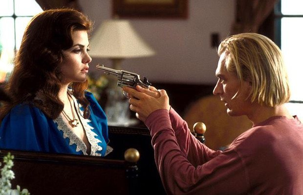 Cinema-Maniac: Boxing Helena (1993) Review