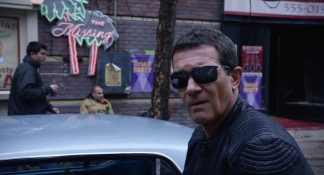 ray-ban-sunglasses-worn-by-antonio-banderas-in-acts-of-vengeance-1